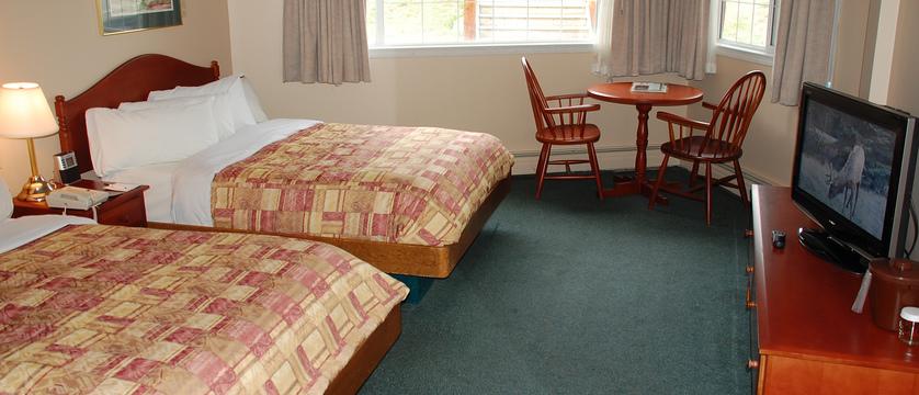 200_Standard_Room.jpg